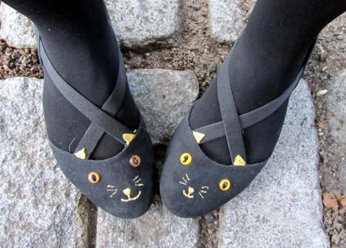 Cat Shoes DIY {inspired by} Charlotte Olympia Teal Cat Project